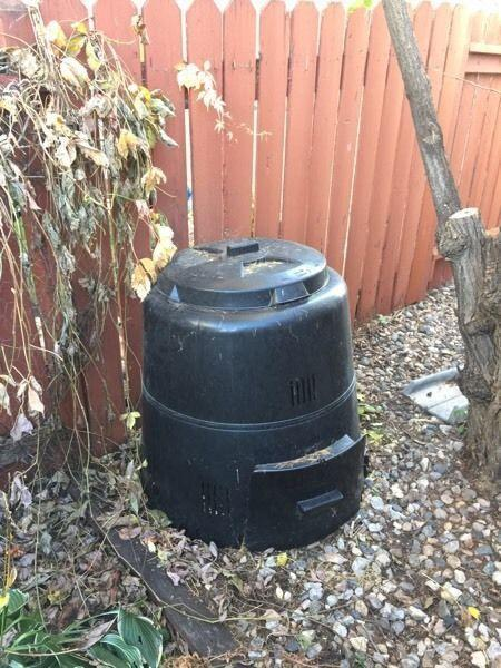 Composter and Rain Barrel